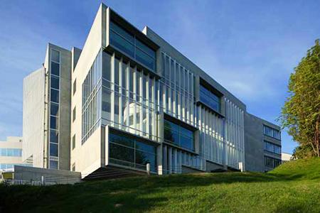 北海道薬科大学 薬学部