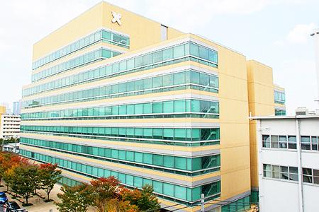 北里大学 薬学部 薬学科