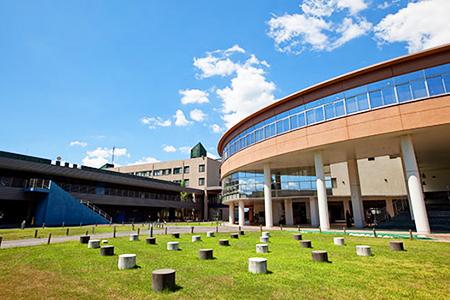 東京理科大学 薬学部